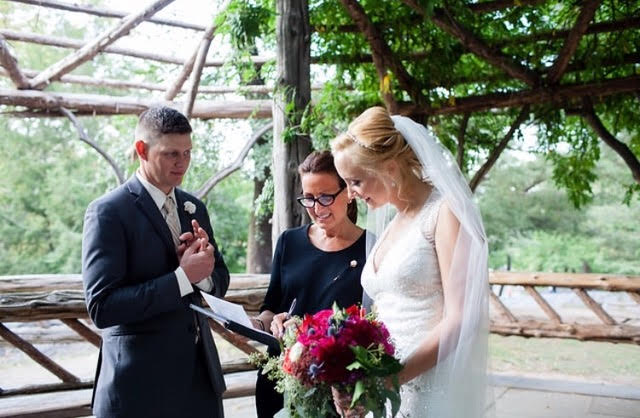 Wedding Officiant - Lisa Traina - amber and chad
