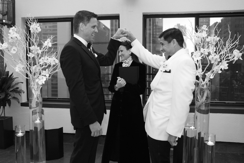 Lisa Traina - Wedding Officiant