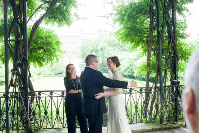 Wedding Officiant - Lisa Traina - janice and jorn