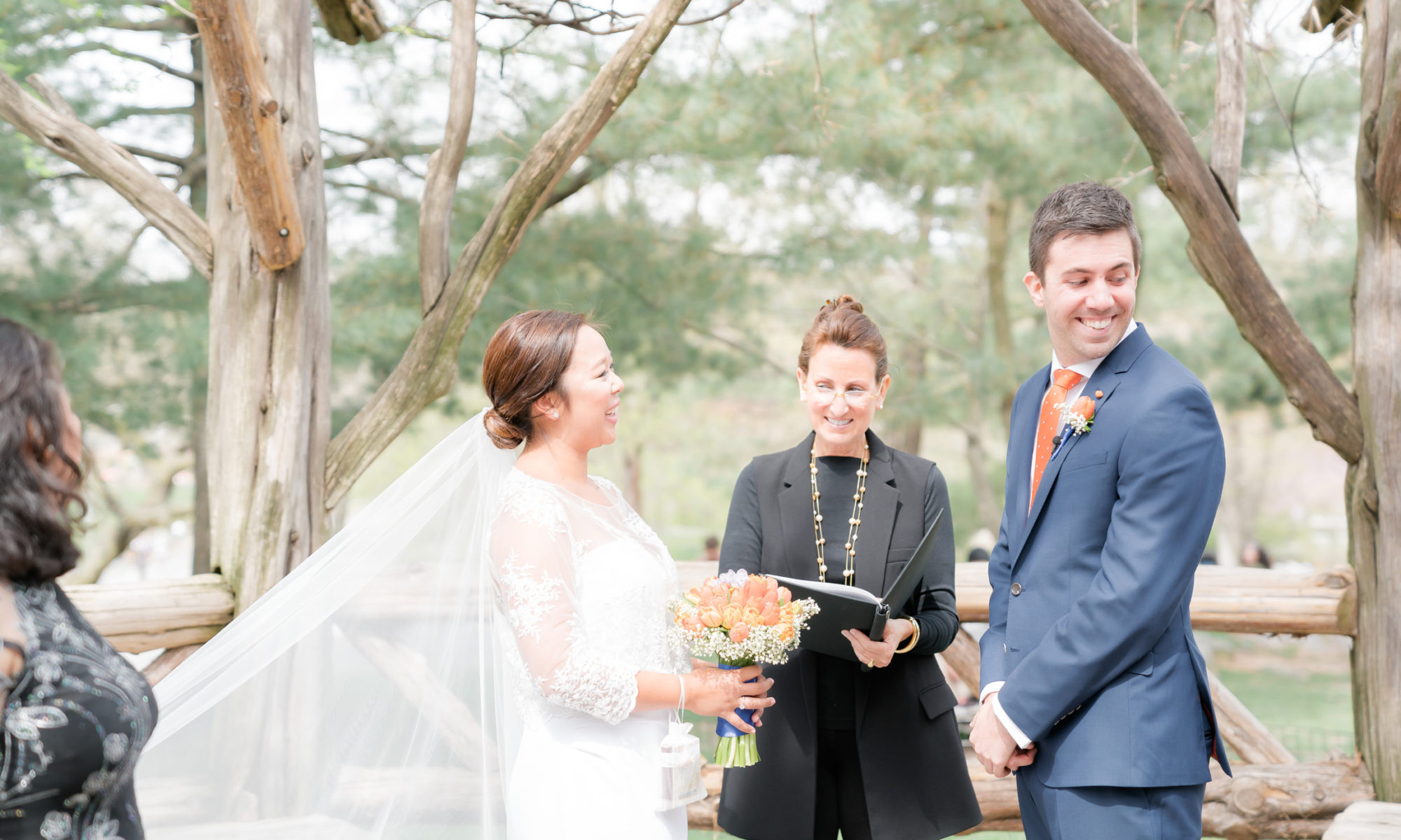 lisa traina wedding officiant
