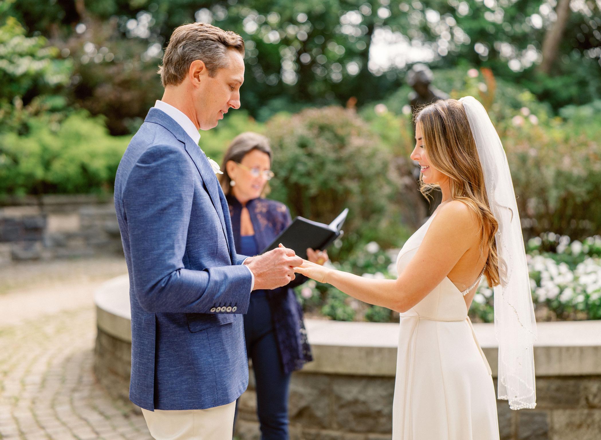 kyela-robert-ring-lisa-traina-nyc-wedding-officiant