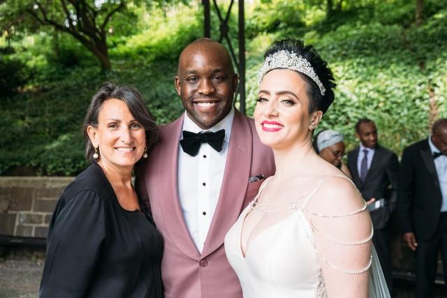 lindsay-kibichi-lisa-traina-wedding-officiant